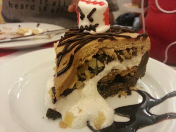 Hallow Mallow S'mores Pie